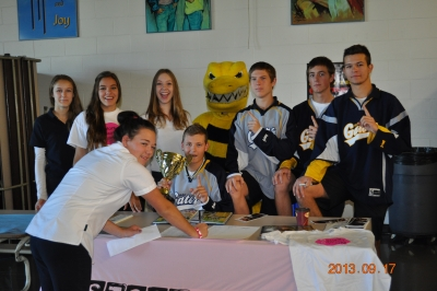 Bishop ACCSS Holds Club and Sports Fair