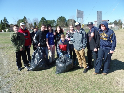 Bishop Alexander Carter students help clean-up the community for Catholic Education Week